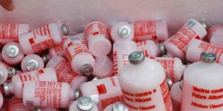 Indea apreende vacinas contra aftosa irregulares e interdita propriedades em Juara