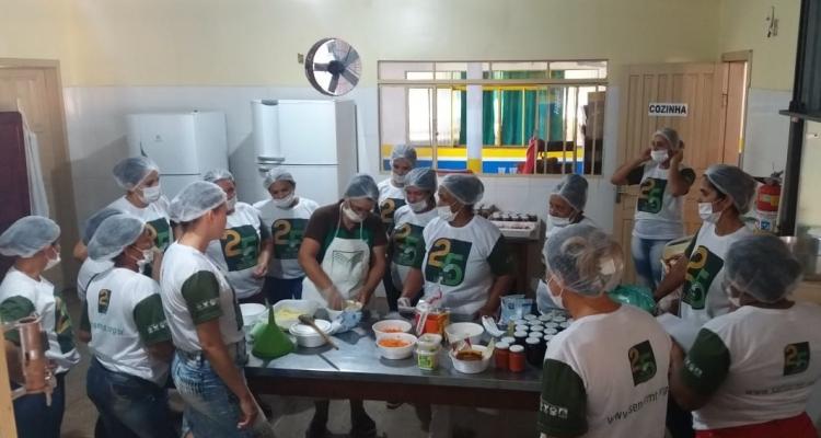 Treinamento sobre Produção Caseira de Conservas, Vegetais e Hortaliças é realizado em Aripuanã