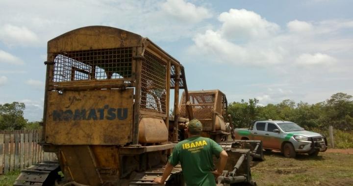 Ibama flagra desmate ilegal com correntões, apreende tratores e aplica multa de R$ 1 milhão em MT