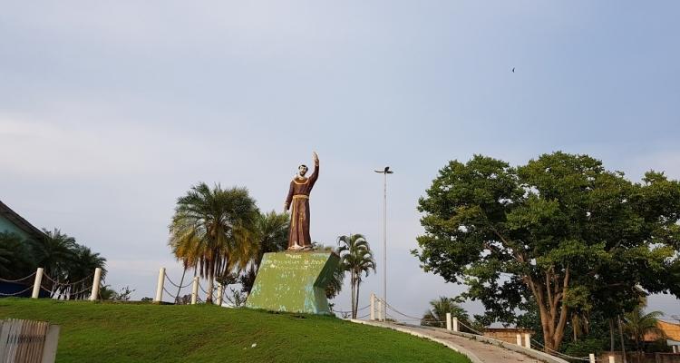 Paroquia São Francisco de Assis realiza missa e benção à nova imagem do Padroeiro de Aripuanã