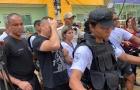Bombeiros encontram 11º corpo nos escombros do desabamento na Muzema