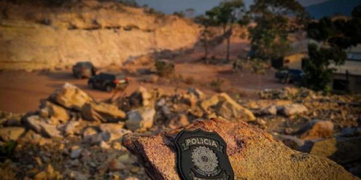 PF deflagra operação contra crimes ambientais em garimpo de MT
