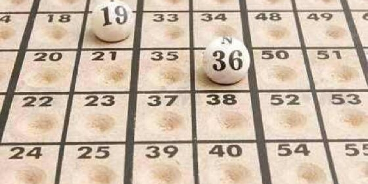 Rotary Club de Juína promove bingo para manter banco de cadeiras de rodas